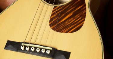 Black Swan Guitars - Parlour